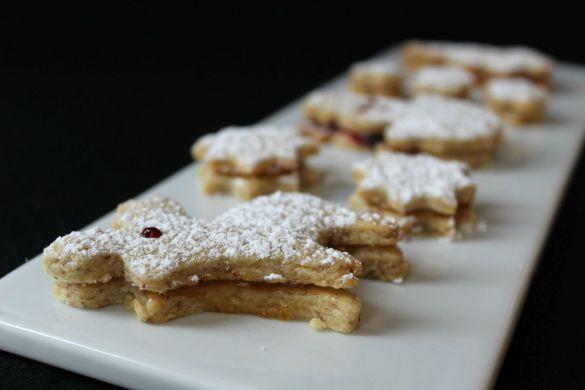 Stechkekse mit Marmelade