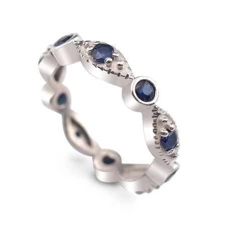 Vintage Band in 14K white gold and sapphires