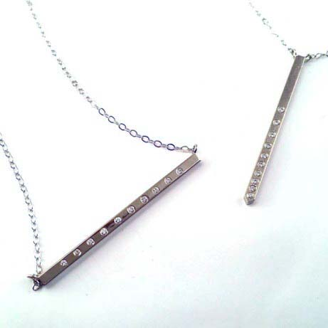 10th_Anniversary_Necklaces_Horizontal_Vertical.4