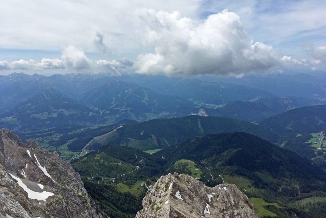 Aussicht vom Dachstein Gletscher in der Region Schladming-Dachstein