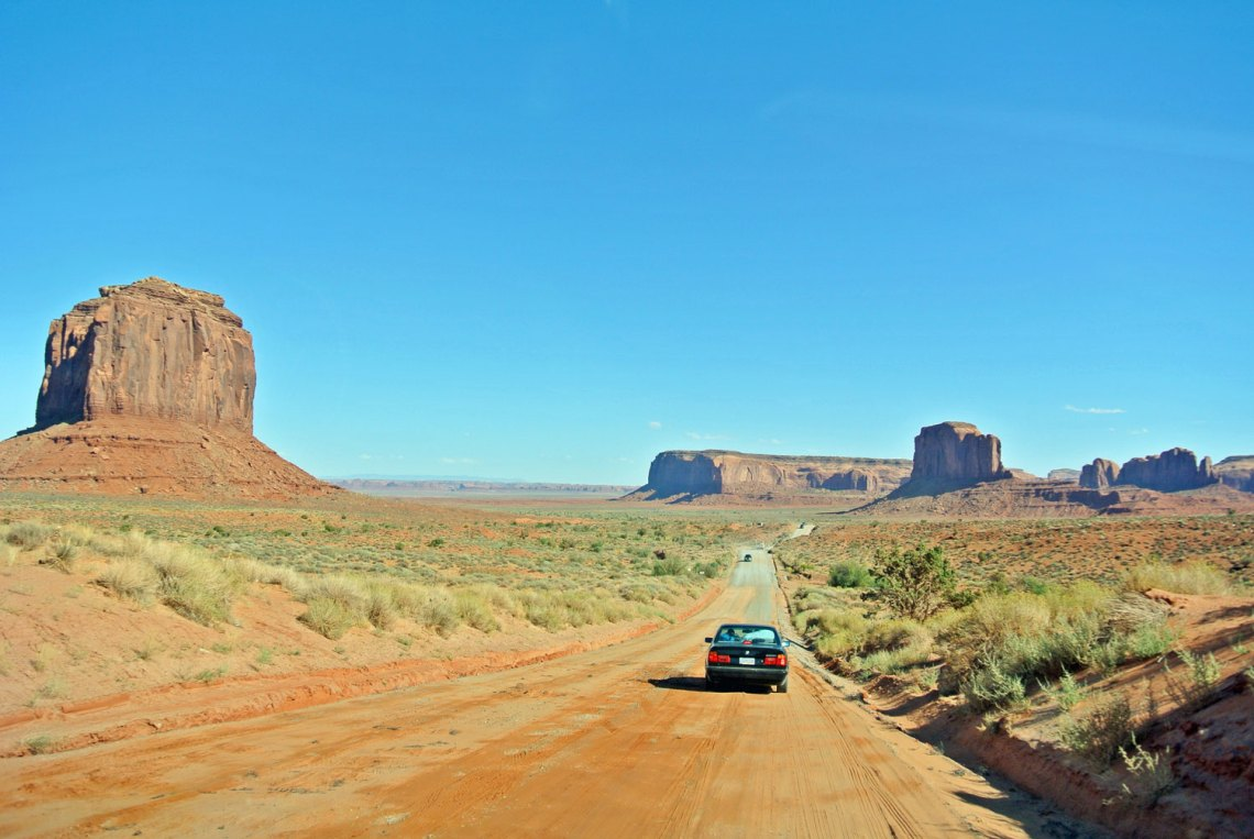 Scenic Drive Monument Valley