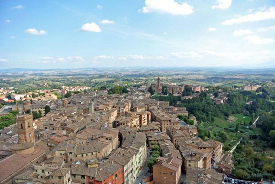 Ausblick vom Torre del Mangia Siena