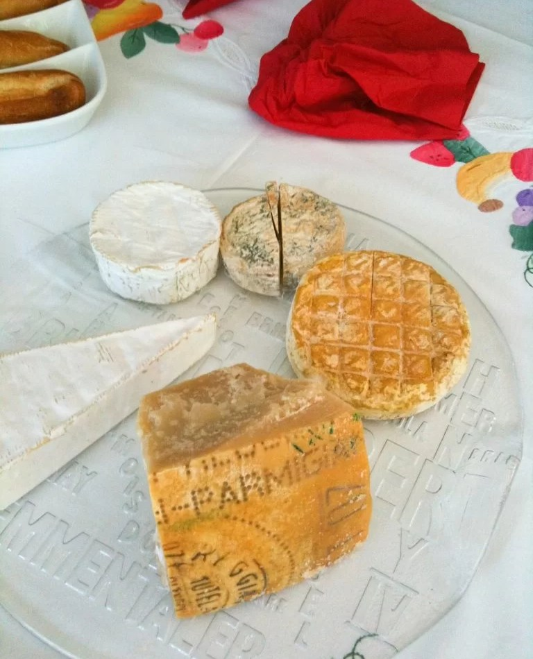 Christmas Cheese Board.Brits Will Throw 5 Million Lbs Of Cheese Away This Christmas