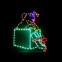 LED Outdoor Christmas Decorations - Lighted Animal ...