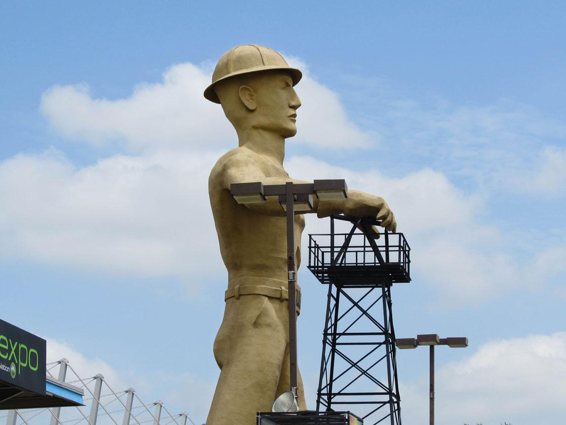 Golden Driller Statue - Tulsa Travel Guide - 45 Things to do - Christobel Travel