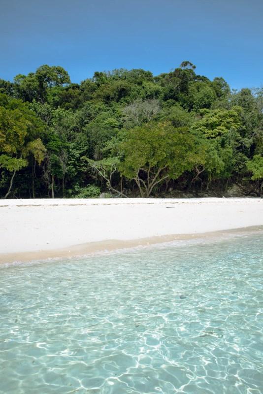 Day4: White sand beach