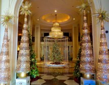 Beverly Hills Hotel Christmas Decorations