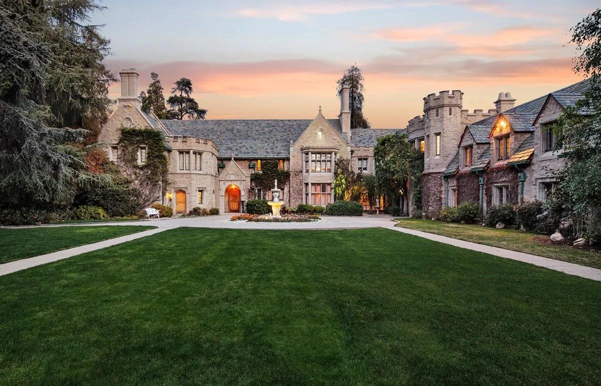 Playboy Mansion Asks $200 Million