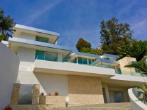Showing Contemporary Homes In Beverly Hills