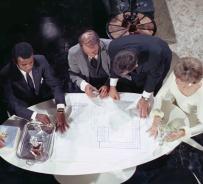 "The mission briefing in ""Memory"" (Greg Morris, Albert Paulsen, Steven Hill, and Barbara Bain)"