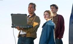 Cooper et ses deux enfants, Murphy et Tom dans Interstellar