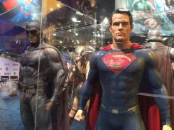 Costumes de Batman et Superman dans Batman v Superman