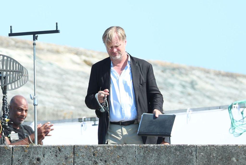 Christopher Nolan pendant le tournage de Tenet sur Pirita tee, Estonie, le 27 juillet 2019