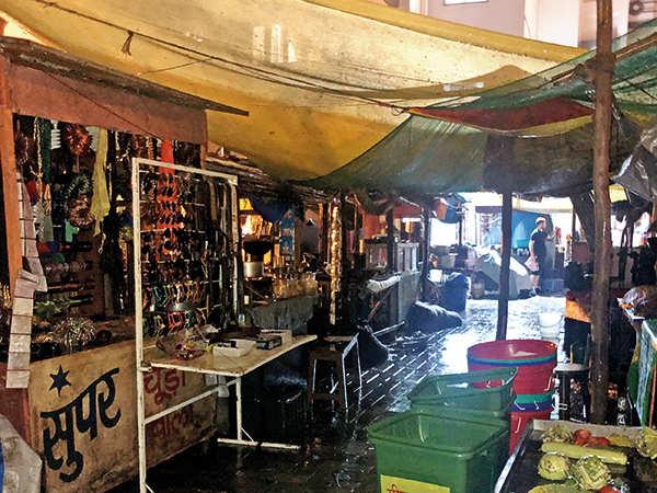 Un marché créé pour le tournage de Tenet à Breach Candy, Mumbai, Inde