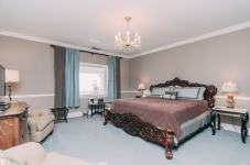 Camelot Room - Christopher Place Resort - 2