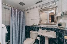 Camelot Room - Christopher Place Resort - 6
