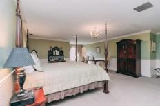 Margarets Room - Christopher Place Resort - 2