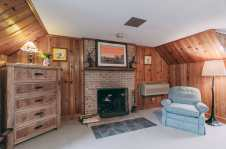 Woodland Escape Room - Christopher Place Resort 3