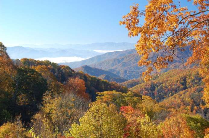 Best Places to see Fall Colors Smoky Mountains - Photo by ukanda on Flickr