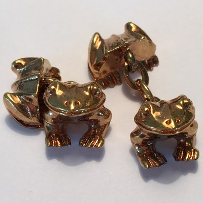 frog cufflinks gold