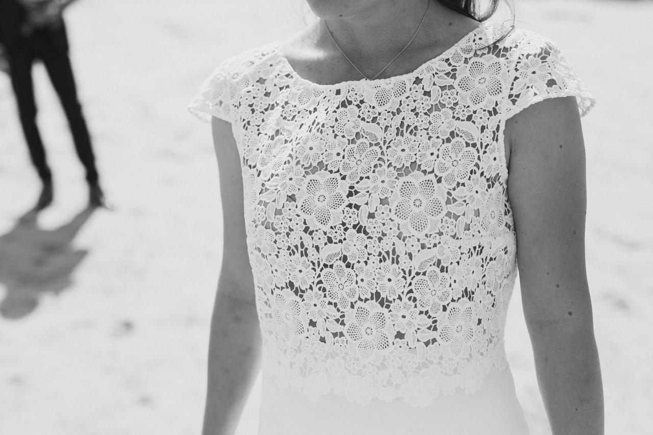 robe de mariée coiffure de la mariée photographe de mariage à Douarnenez
