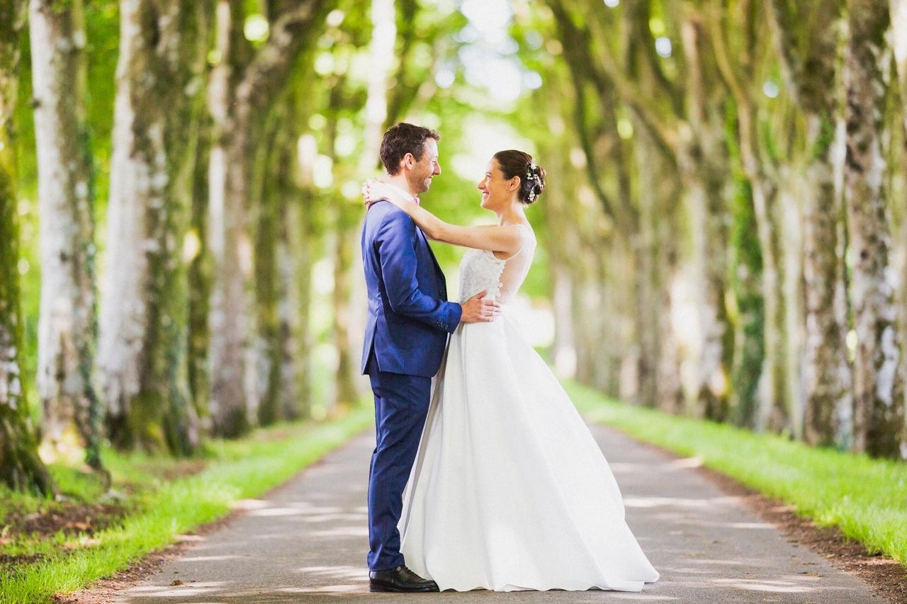 coiffure de la mariée photographe de mariage à Quimper Pont Labbe photos de couples quimper