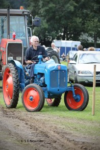 473A5606ChristowTractorsedited