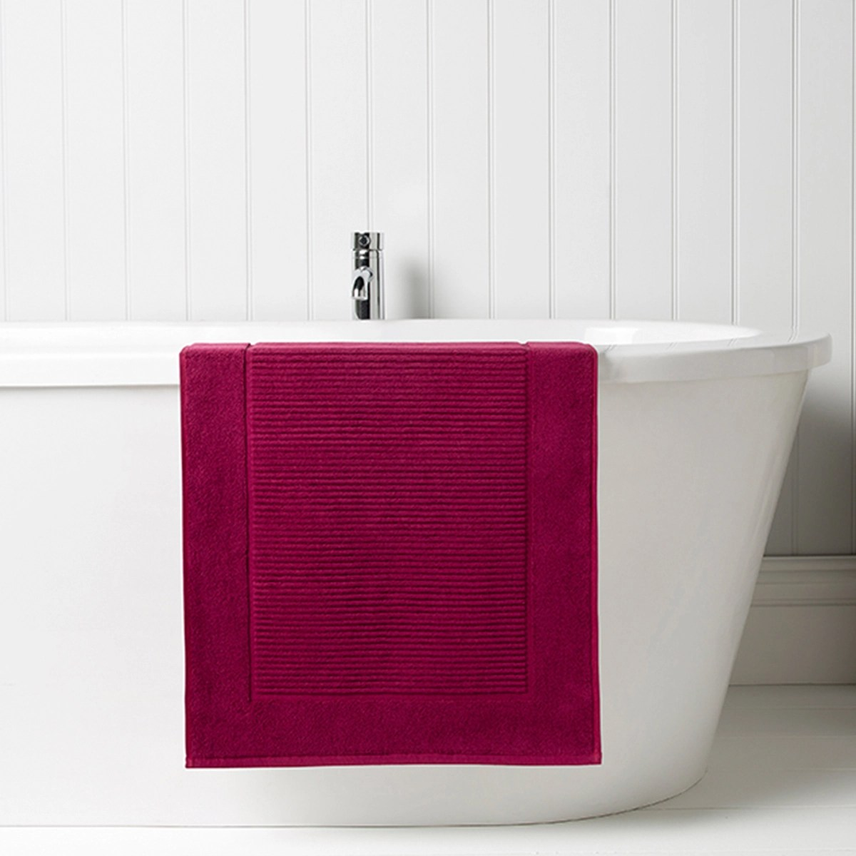 Christy Supreme Bath Mat Raspberry  Christy
