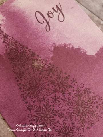 #SimpleStamping Snow is Glistening & Delightfully Detailed Note Cards card with a touch of Wink of Stella close up.