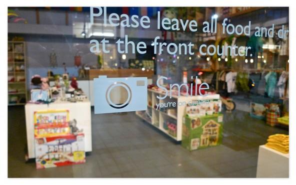 dandelion-pm-storefront03-hg