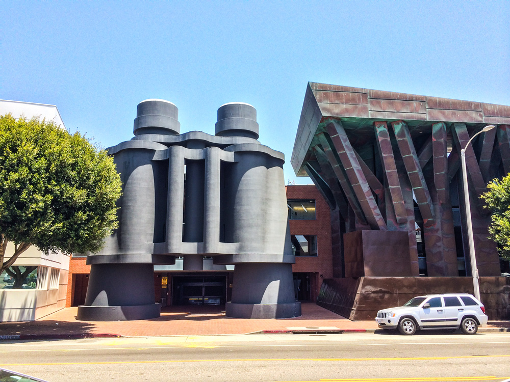 No trip to Venice would be complete without a visit to the 'Binoculars Building' (designed by Los Angeles architect Frank Gehry). This building was custom designed for the Chiat/Day advertising building, but now houses Google's Los Angeles campus.