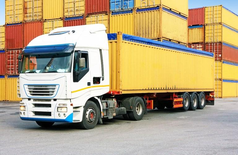 خدمات-الشحن-البرى-من-شركة-مصر-للشحن-والتخليص-الجمركي