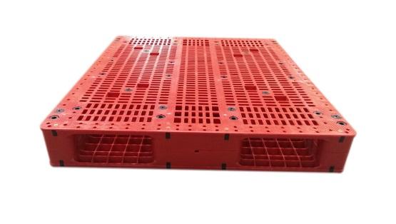تصنيع-باليتات-بلاستيكية-من-مصنع-مودرن-بلاست