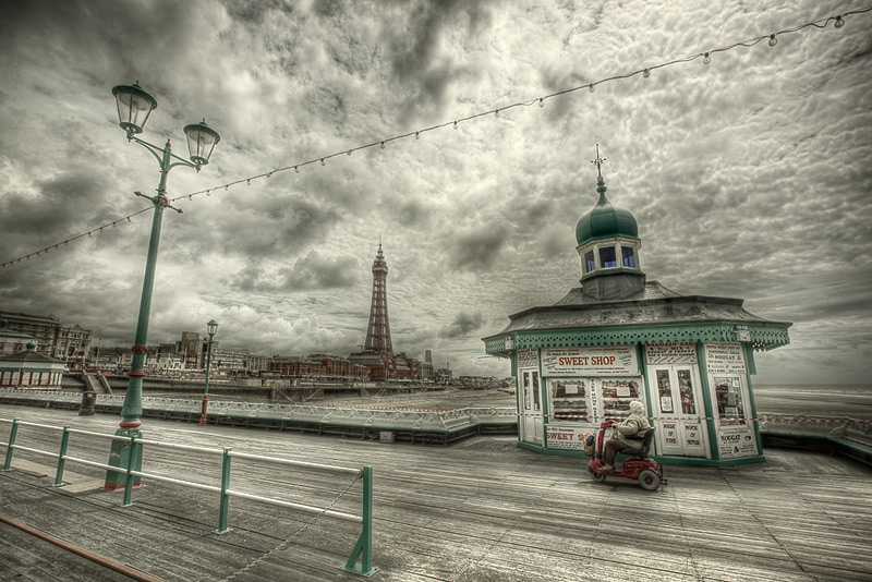 the sweet shop / 3x2 + Blackpool Tower + HDR + piers [North pier] + fylde coast [scenic]