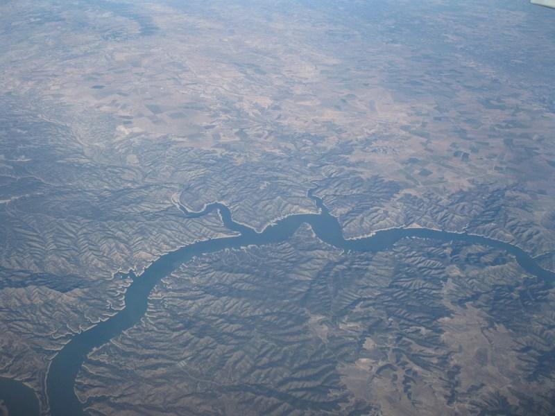 river spain cracking