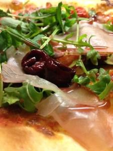 Pizza Tom & Cherry