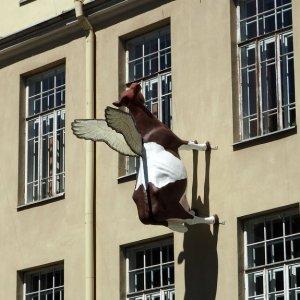 Vilnius, Flying Cow, Street Art Lithuania