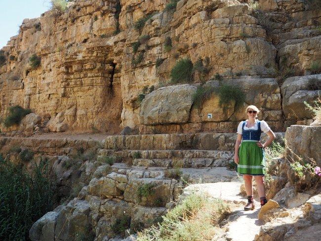 Israel Dirndl Hiking Viktoria Urbanek