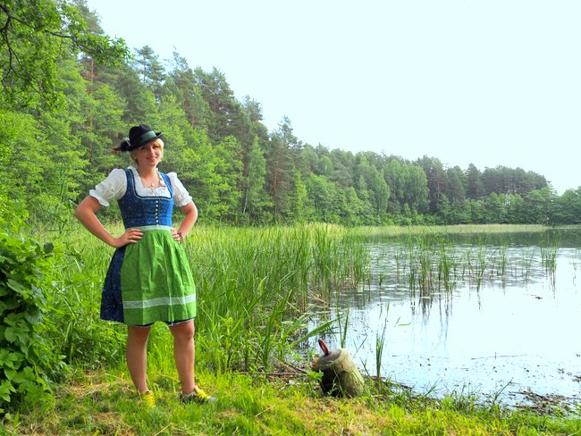 Dirndl Lithuania Viktoria Urbanek