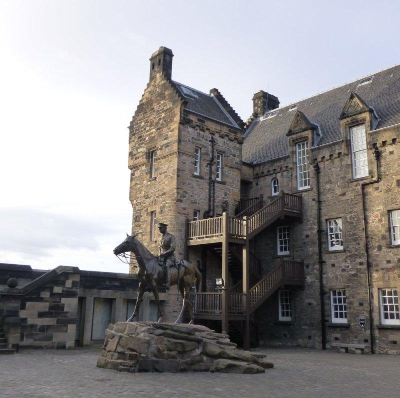 Edinburgh Castle Hogwarts (1)