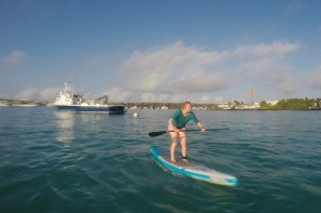 The first time Stand Up Paddling – Galapagos