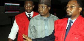 Olajide Omokore in company of Economic Financial Crimes Commission (EFCC) officials
