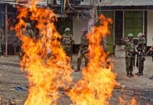 Yahoo boy sets girlfriend ablaze