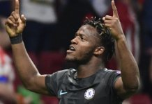 Michy Batshuayi celebrates his late winner for Chelsea
