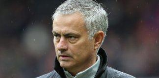 Jose Mourinho is in talks to replace Pochettino at Tottenham