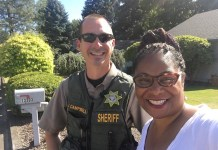 Janelle Bynum took a selfie with Officer J Campbell who she said acted professionally