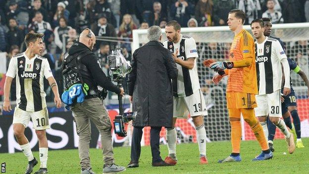 Jose Mourinho was confronted by Juventus defender Leonardo Bonucci after cupping his ear to the home fans