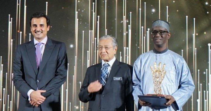 Nuhu Ribadu wins the Anti Corruption Lifetime Achievment award in Qatar