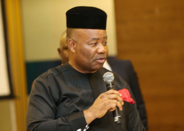 Senator Godswill Akpabio has urged leader of the Senate and House to resign