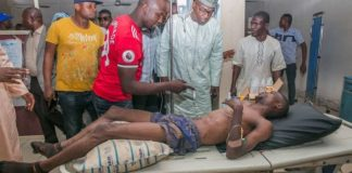 APC governorship candidate Abdulrahman Abdulrazak visiting attacked members in the hospital